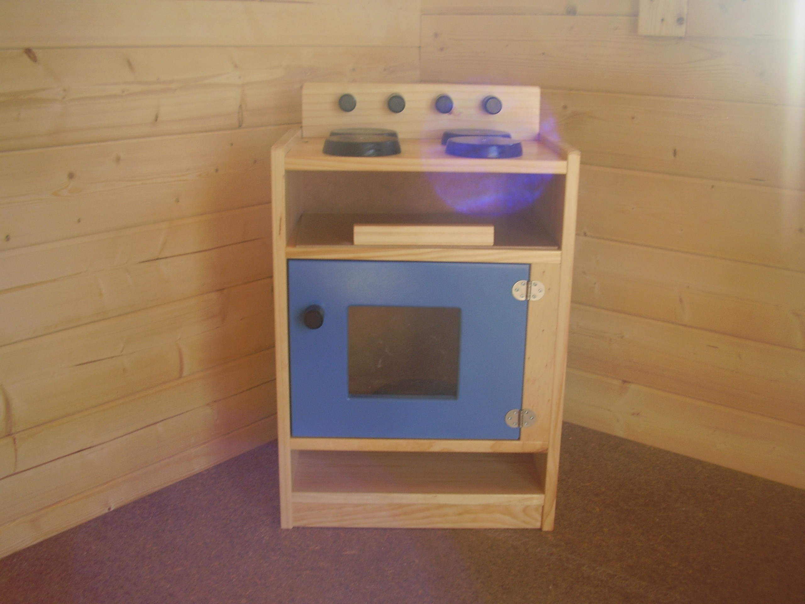 Kids wooden play stove