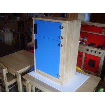 Kids wooden play fridge